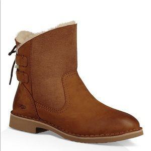 UGG - UGGpure Naiyah Lace-Up Boot